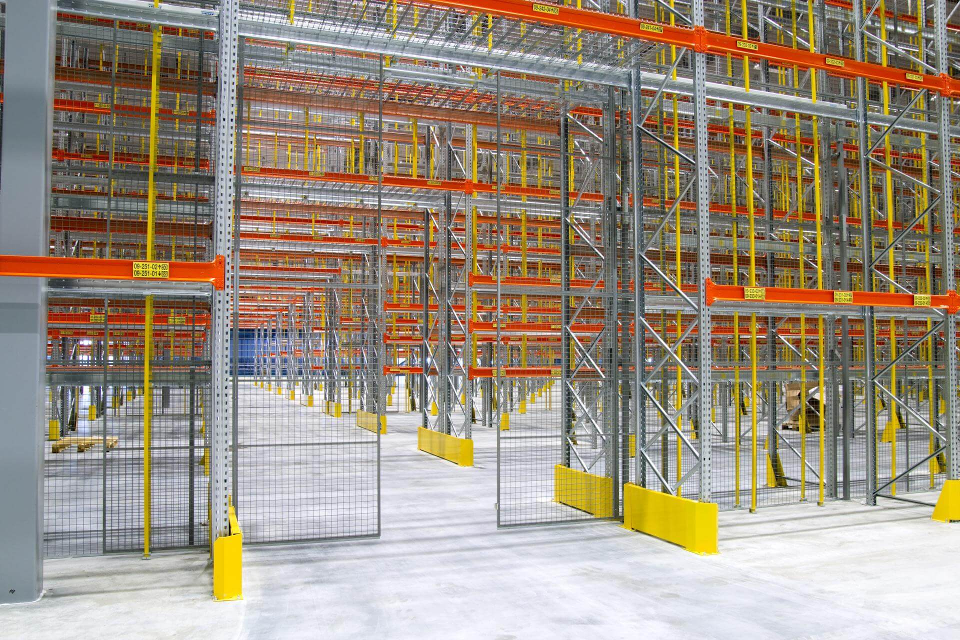 Pallet rack enclosures